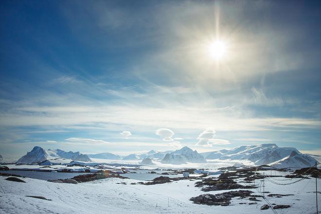 Антарктида отметила Новый год рекордно низким уровнем морского льда