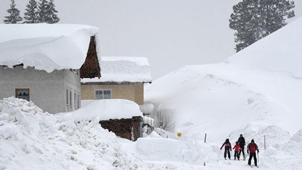 Снегопады в Австрии привели к гибели трех туристов
