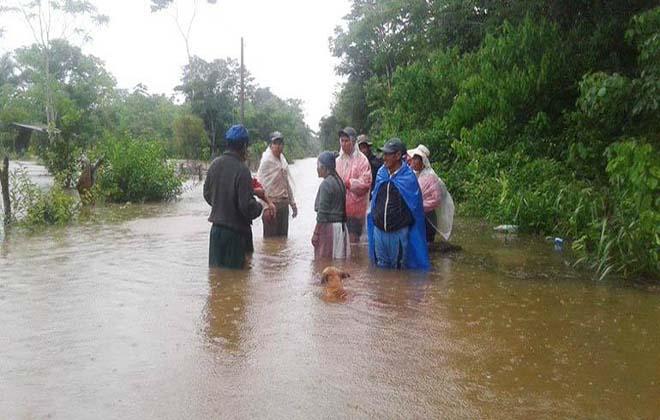 От наводнений в Боливии пострадали около 10 тыс. человек