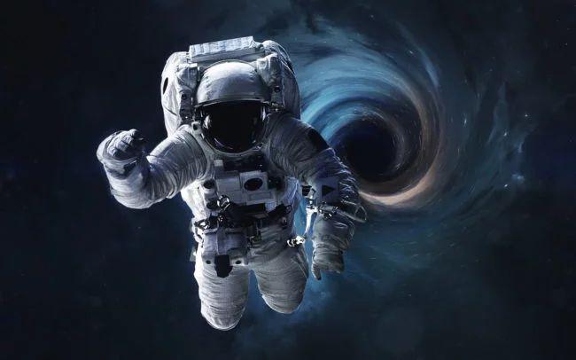 Использовать черные дыры для космических путешествий можно, но только осторожно