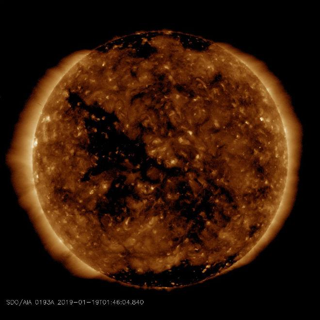 22-23 января на Землю вернутся геомагнитные бури и полярные сияния