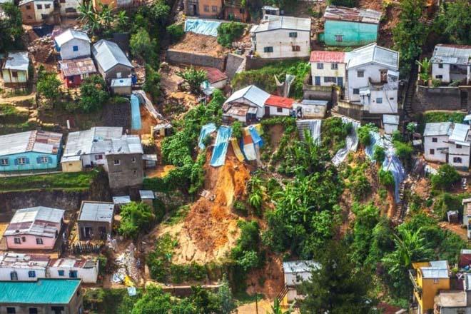 Жертвами оползней и наводнений на Мадагаскаре стали 9 человек