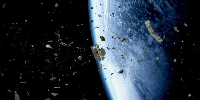 Вокруг Земли вращается более семи тысяч тонн космического мусора
