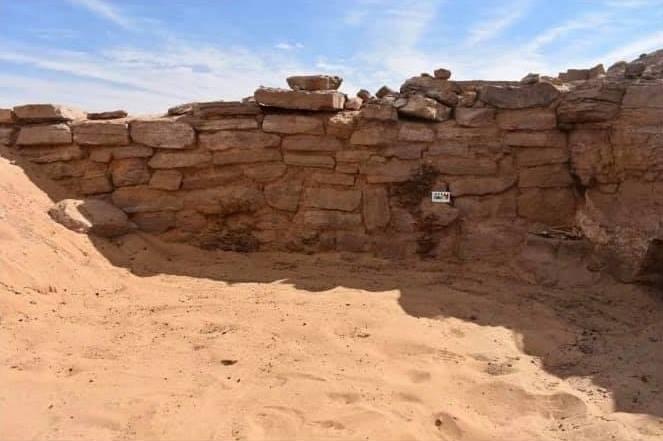 Захоронения эпохи Древнего царства нашли в Египте