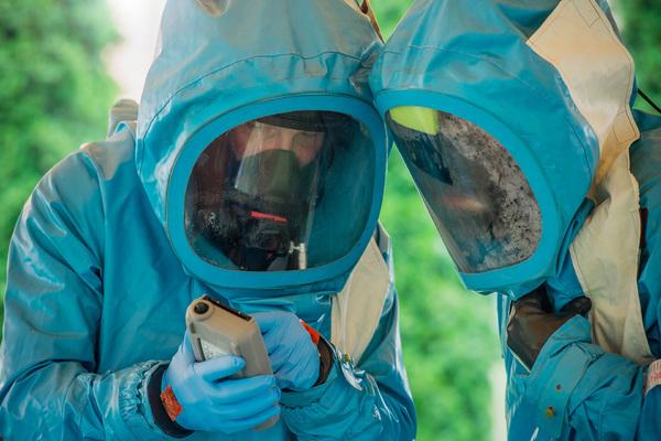 Ученые создали генетическое оружие против животных и людей. Насколько оно опасно?