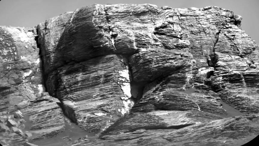 Curiosity сделал прощальное селфи на хребте Вера Рубин