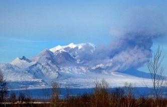 Вулкан Шивелуч на Камчатке выбросил пепел на высоту 9 километров CVAVR AVR CodeVision cvavr.ru