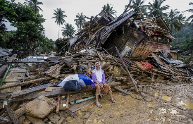 По северу Малайзии пронесся ураган: разрушены 367 домов CVAVR AVR CodeVision cvavr.ru