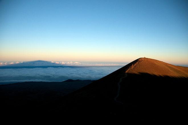 Тень горы мауна кеа