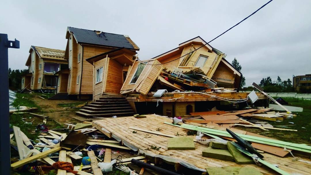 какие последствия после ураганов и смерчей для жителей этих районов