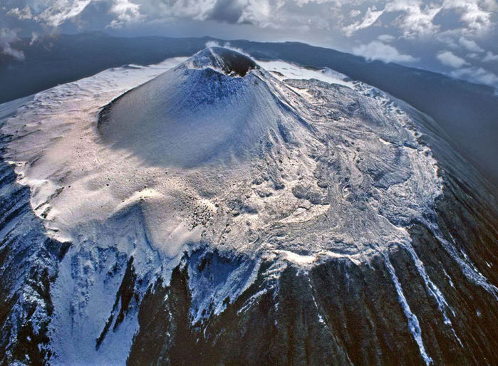 В России построят завод в кратере действующего вулкана   Земля - Хроники жизни