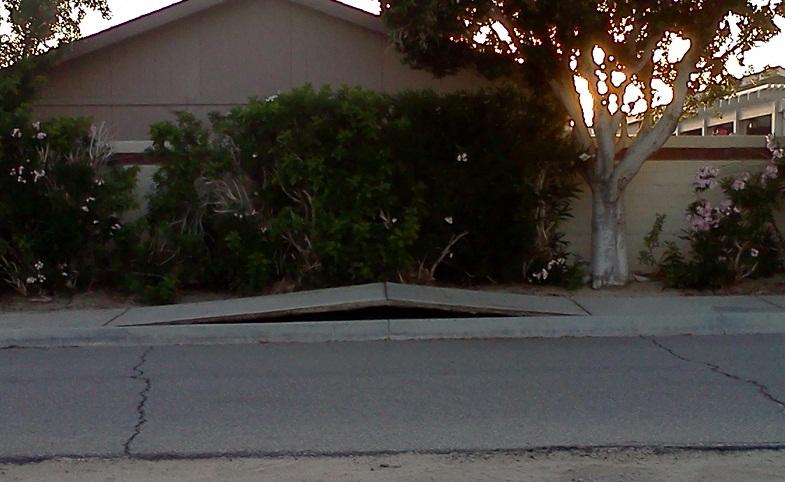 В американском штате Калифорния отмечены многочисленные случаи деформации поверхности земли | Земля - Хроники жизни