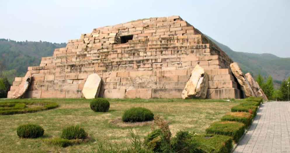 Загадки древних гробниц Китая