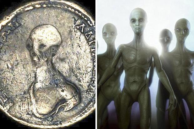 В Египте нашли древние монеты с изображением инопланетянина