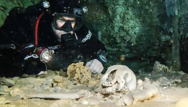 В подводной пещере нашли останки древнего человека