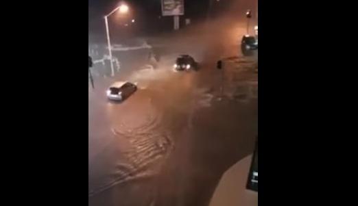 Сильные дожди вызвали наводнение на Кипре