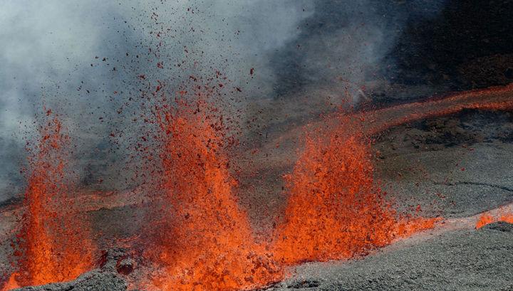 Оползни провоцируют извержение вулканов