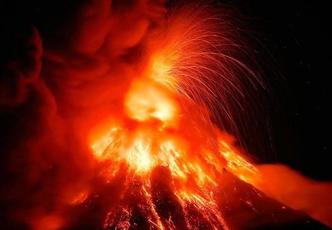 Началось извержение вулкана Майон на Филиппинах