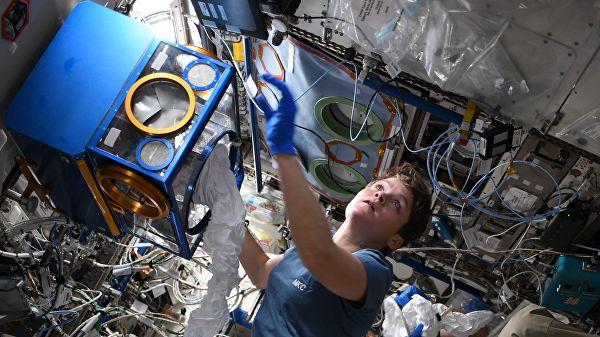 На МКС проверят стареют либыстрее люди вкосмосе
