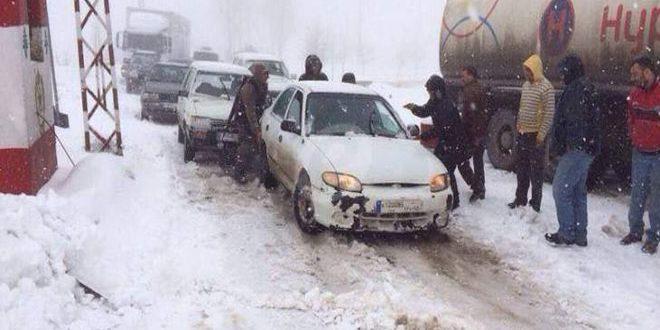 Столицу Сирии завалило снегом
