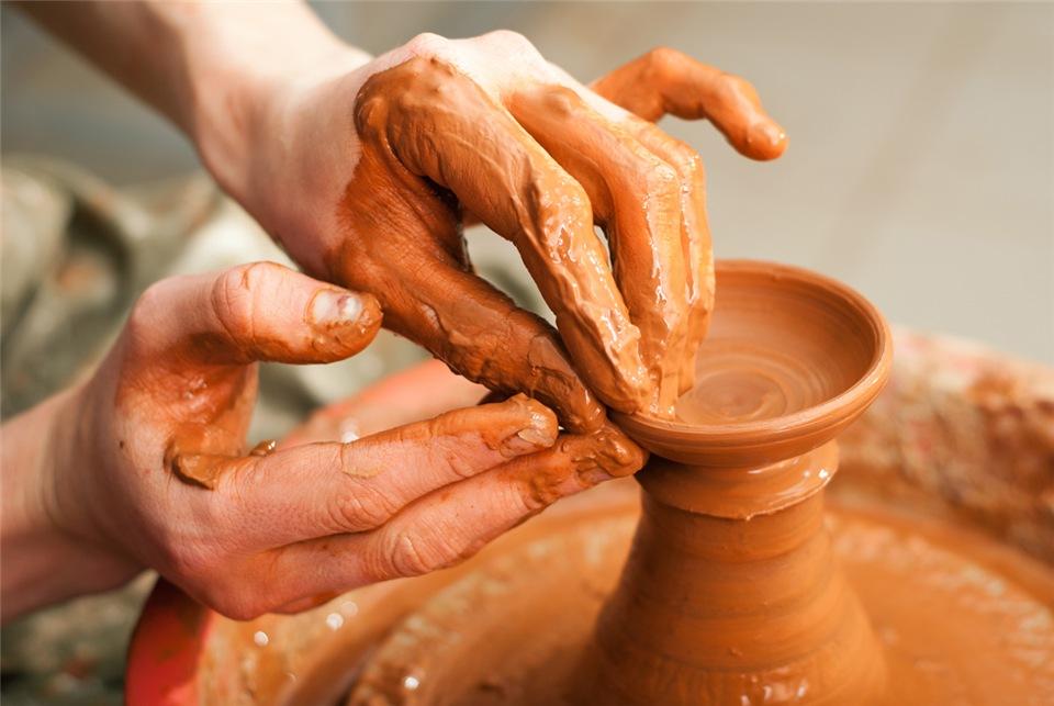 ваза из глины своими руками