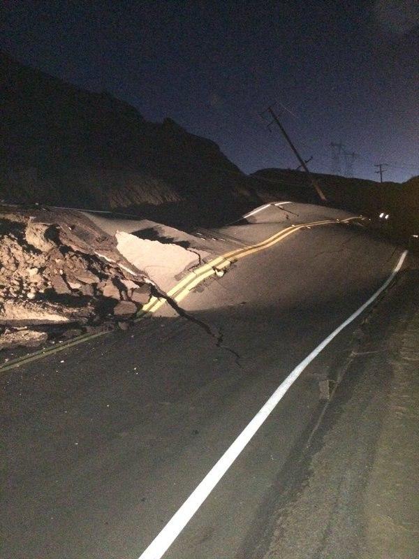 В районе разлома Сан Андреас произошло смещение почвы (Пресса молчит) Kb_3Vfsere4