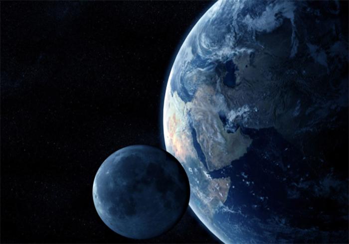 наблюдать движение Луны со