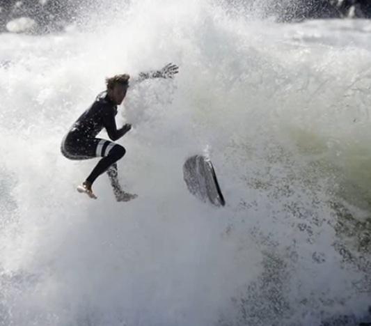 Тропический шторм «Мари» обрушился на побережье Южной Калифорнии CVAVR AVR CodeVision cvavr.ru
