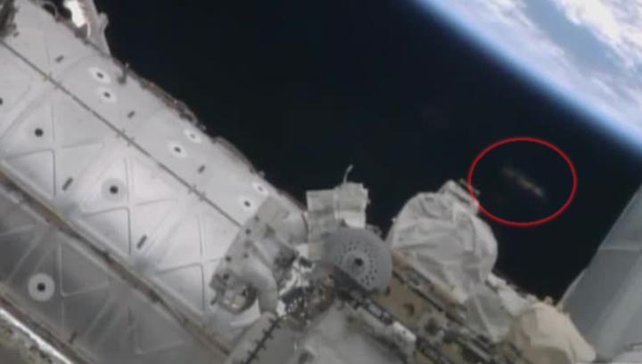 За нами следят: астронавты nasa сняли НЛО у космической станции CVAVR AVR CodeVision cvavr.ru
