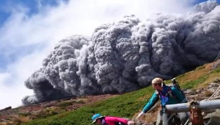 Число жертв извержения вулкана Онтакэ в Японии достигло 54 человек CVAVR AVR CodeVision cvavr.ru