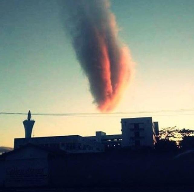 Картинки по запросу Облако Апокалипсиса напугало жителей бразильского города
