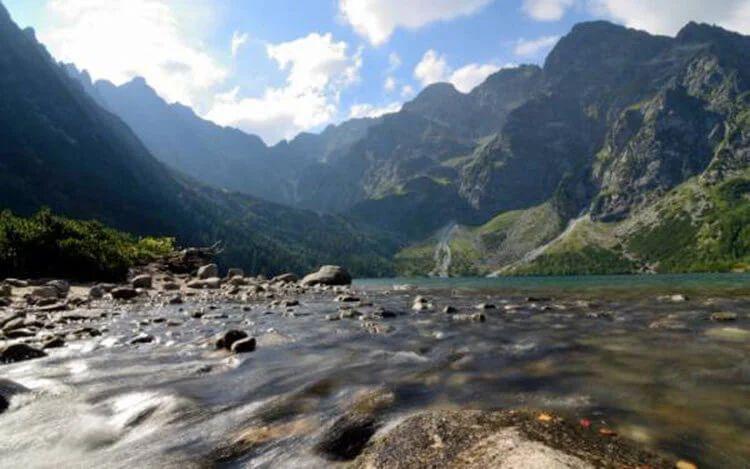Аномальная зона на горе Арагац в Армении